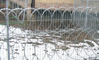 Top quality low price concertina razor barbed wire AYW-026