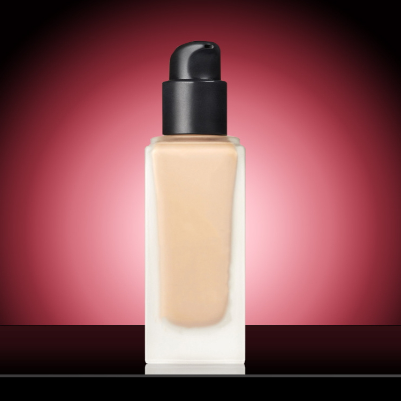 Smooth Highlighter Makeup Liquid Foundation TYCT053