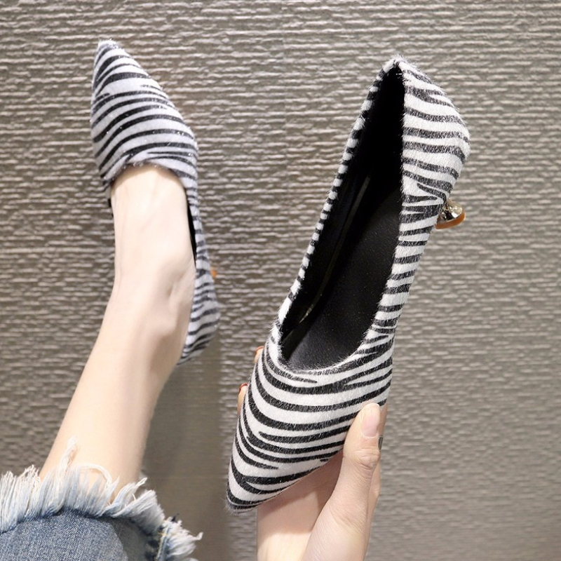 Zebra Lines Leather Shoes Casual Shoes Dress Heel Pumps S-008