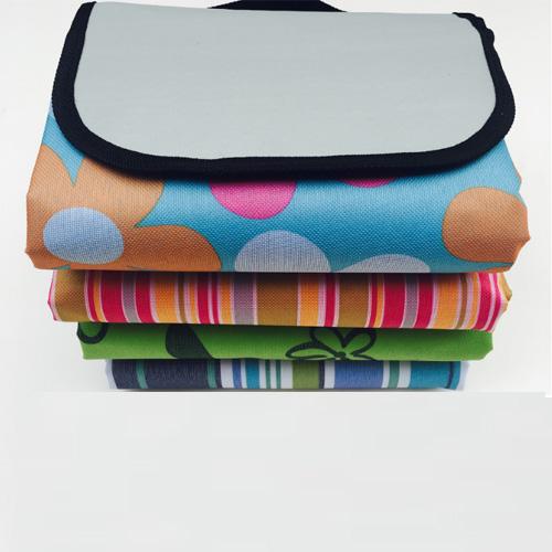 Colorful Stripe Folding Mat Picnic Mat Camping Product Qh-001