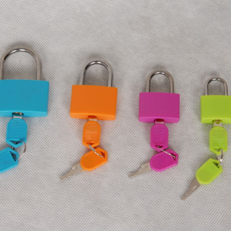 Plastic Cover Colorful Iron Cylinder Rubber Cover Padlock With plastic head keys PPL1333