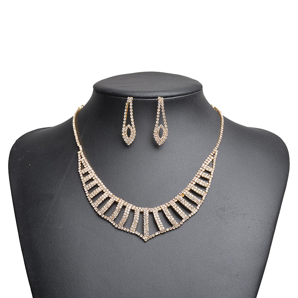 Fashion Gold Statement Choker Jewelry Set Wholesalers Jewelry for Women Ladies Collar Styles