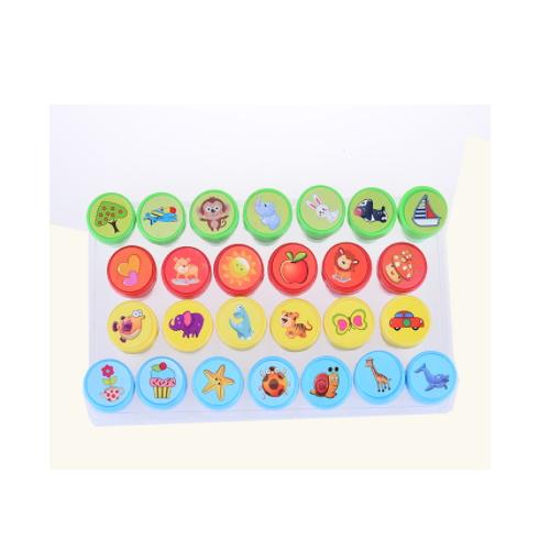 Animal pattern round plastic self inking toy stamp     ZY69