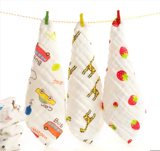 Soft Towel for Children with Cartoon Printed 6-Layer Yarn
