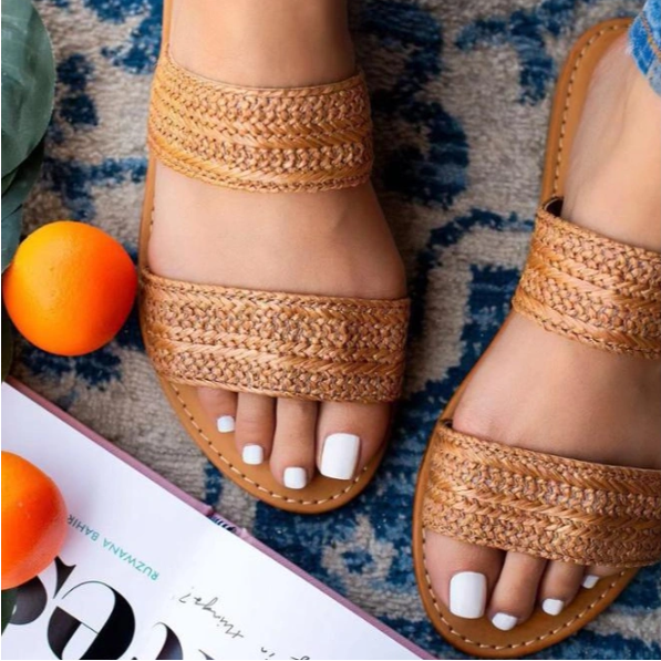 Wholesale Big Size Women Flat Slippers Best Selling in The Middle East