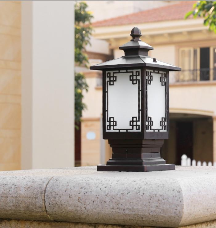 New Chinese Style Outdoor Villa Courtyard Doorpost Wall Garden Lamp