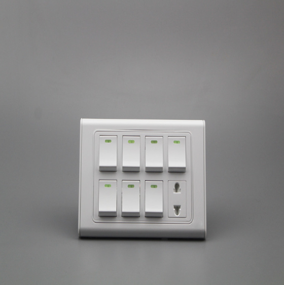 White Household 7 Open 1 Hole Wall Switch with Socket for Wholesale