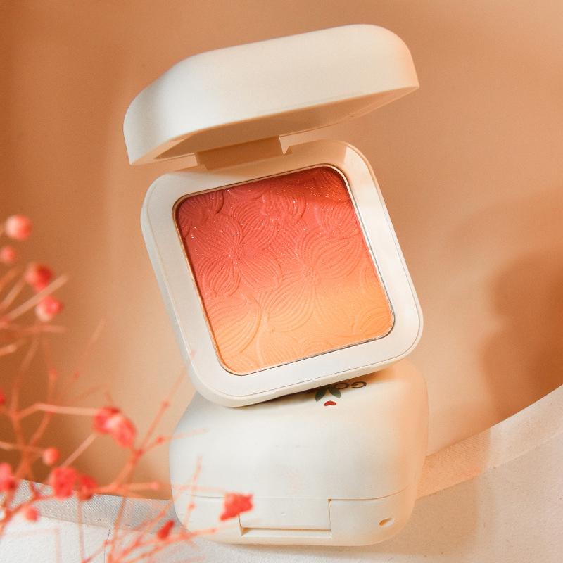 Sweetheart Girl Matte Fine Shining Nude Makeup Vitality Orange Three-Color Gradient Blush