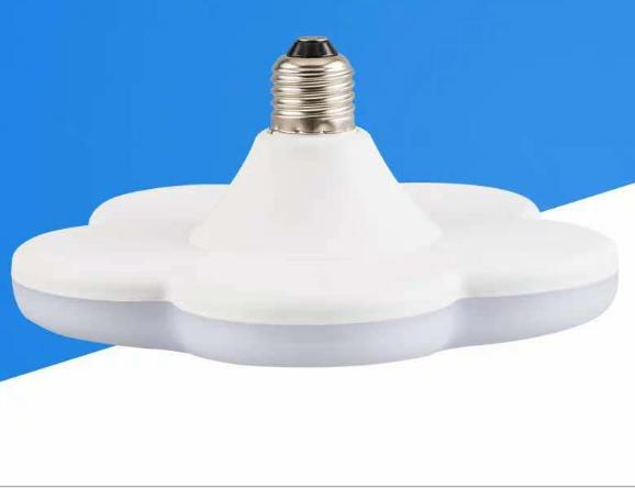 New Model Supports Painted Custom Plum Blossom Shape White 15W 18W 24W 36W LED Bulb