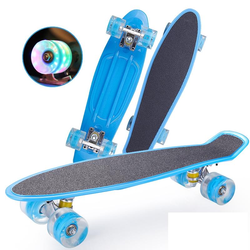 Frosted Skateboard Single Tilt 4 Four-Wheel Flashing Wheel Plastic Fish Board Skateboard