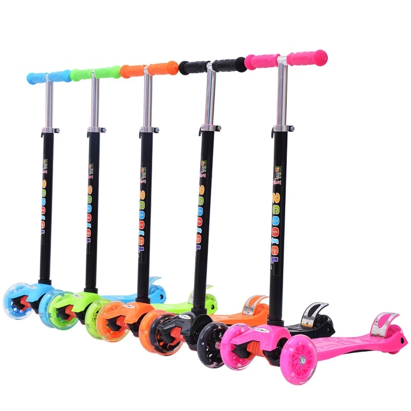 New Children′s Scooter 3-6-8 Years Old Flashing Stroller Wholesale and Removable