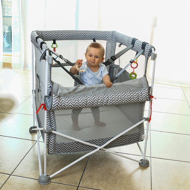 Home Children′s Sports Trampoline Parent-Child Game Jump Bed with Mesh Multi-Purpose Baby Products Care Fence